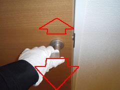 新築内覧会、誰でもできる「ドア」の簡単なチェック方法